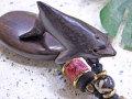 海モチーフ★ウッド(木彫り)キーホルダー イルカ