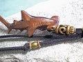 ギフトにもおすすめ!ウッド(木彫り)ストラップ シュモクザメ