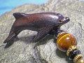 海モチーフ★ウッド(木彫り)ストラップ イルカ