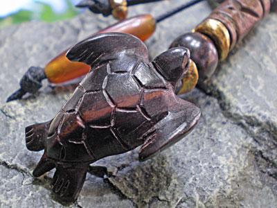 サーファー必見★ウッド(木彫り)キーホルダー カメ