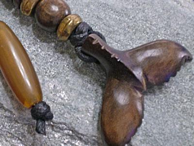 サーファー必見!ウッド(木彫り)キーホルダー テール【WKH-1A-004】