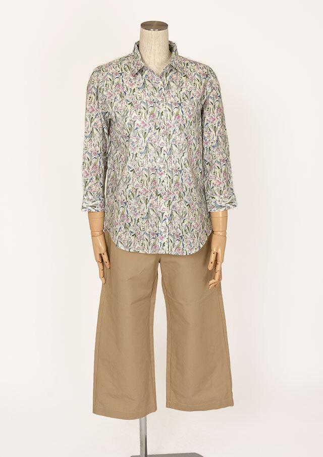 【2021春夏】手描き風花柄ベーシックシャツ八分袖【PL051034B】【ブルーライフ】
