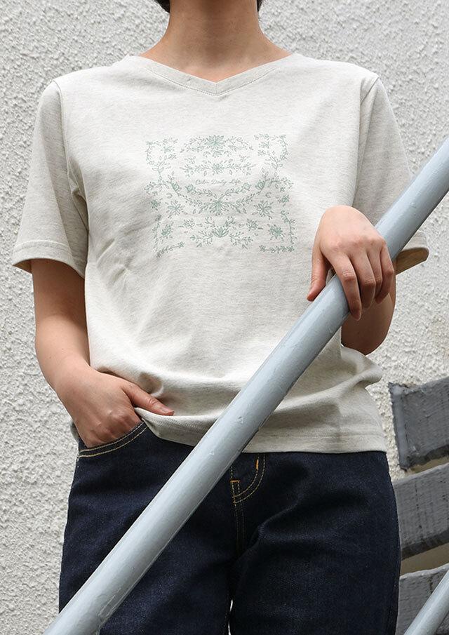 【2021春夏】VネックボタニカルプリントTシャツ【PL151113】【ポートランド】