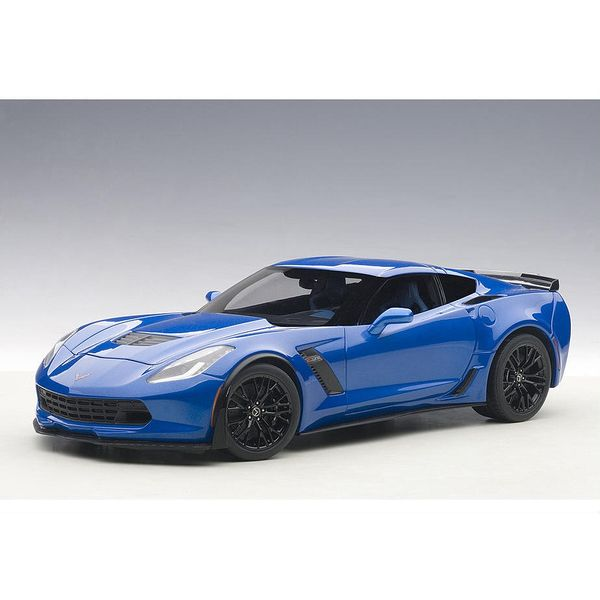 【10月予約】オートアート 1/18 シボレー コルベット C7 Z06 メタリック・ブルー 完成品ミニカー 71265
