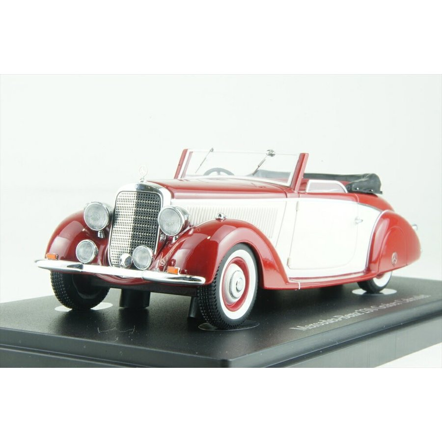 オートカルト 1/43 メルセデス・ベンツ 230 コンバーチブル (W153)1939 レッド&ホワイト 完成品ミニカー 05010