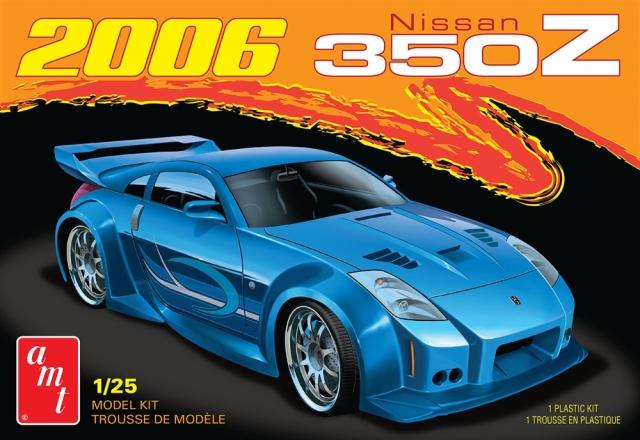 AMT 1/25 2006 ニッサン 350Z スケールモデル AMT1220