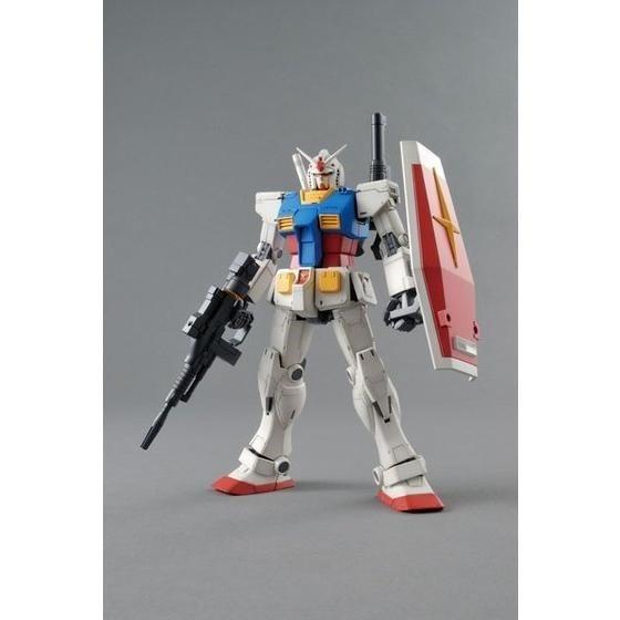 バンダイ MG 1/100 RX78-02 ガンダム(GUNDAM THE ORIGIN版) 「機動戦士ガンダム THE ORIGIN」より ガンプラ 4549660013143