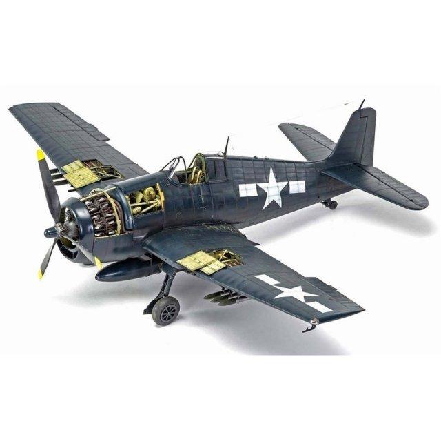 エアフィックス 1/24 グラマン F6F-5 ヘルキャット スケールモデル X19004