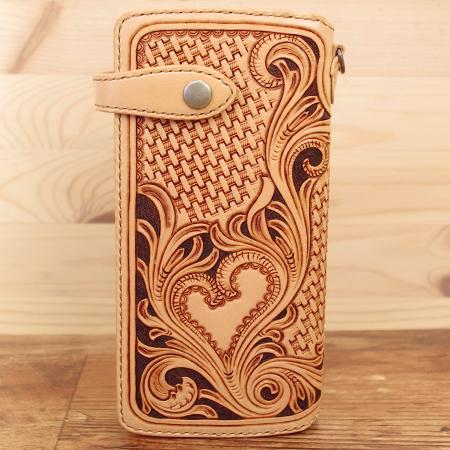 ハートの手作り長財布:レザーカービング