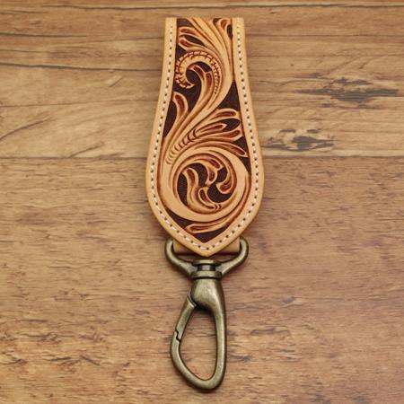 カービング・ベルト・キーホルダー:手作り革小物