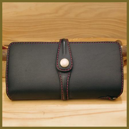 ハンドメイドのシンプルレザーウォレット:手作り長財布