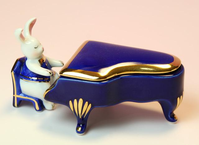 音楽雑貨 磁器 フィギュア ドリーズラビット Dolly's rabbit グランドピアノ うさぎ