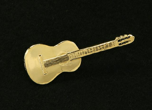 レリーフ調ブローチ Classic Guitar