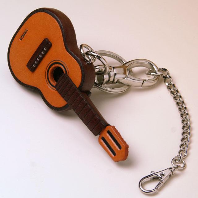クラシックギター 本革製 バッグチャーム 音楽雑貨 音楽グッズ 音楽ギフト 楽器グッズ