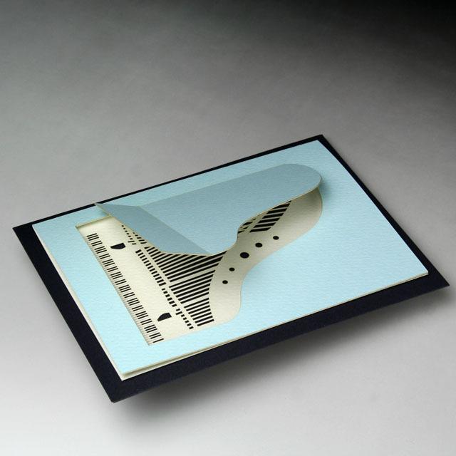 グリーティングカード グランドピアノ 鍵盤 巧緻レーザーカット加工 文具 音楽雑貨 音楽グッズ 音楽ギフト