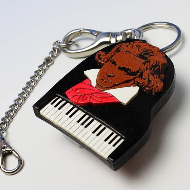 本革製 バッグチャーム ベートーヴェン ピアノ 音楽雑貨