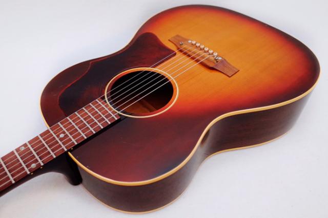 1966年 Gibson LG-1【製後53歳】