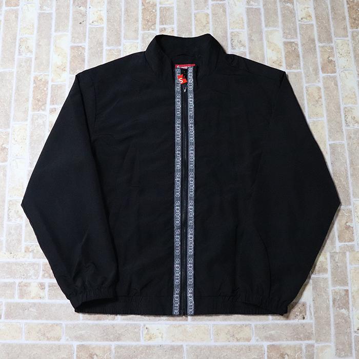 正規品 2018SS Supreme Classic Logo Taping Track Jacket Black 新品未使用品 [ シュプリーム クラシック ロゴ テーピング トラック ジャケット ブラック 黒 ]