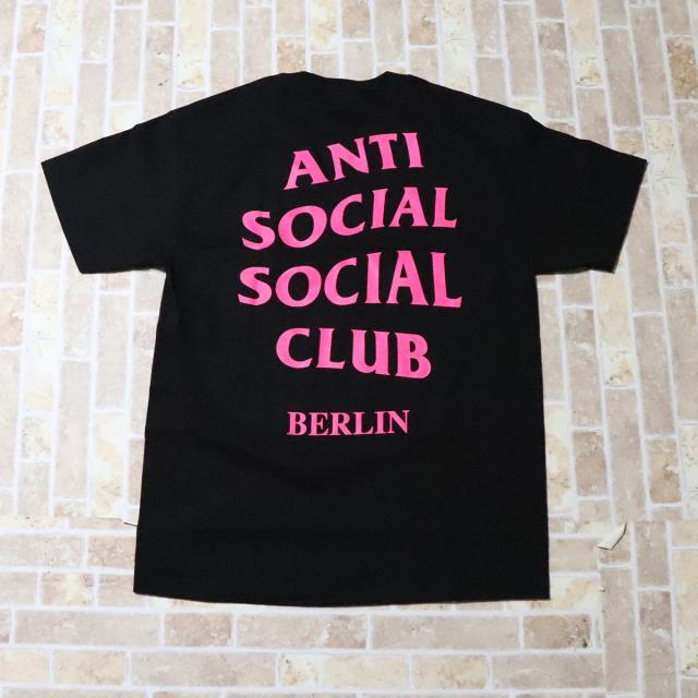 正規品 Anti Social Social Club Berlin Tee Black 新品未使用品  [ アンチ ソーシャル ソーシャル クラブ ASSC ベルリン Tシャツ ブラック 黒 ]