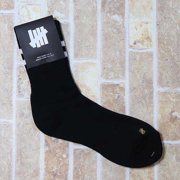 国内正規品 2018SS UNDEFEATED CREW SOCKS BLACK 新品未使用品 [ アンディフィーテッド クルー ソックス 靴下 ブラック 黒 ]