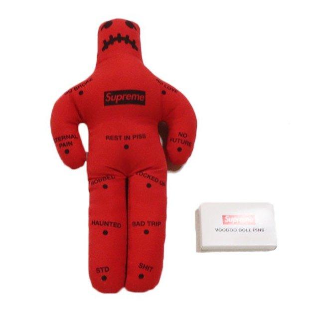 国内正規品 2019AW Supreme Voodoo Doll Red 新品未使用品 [シュプリーム ブードゥー ドール レッド 赤 ]