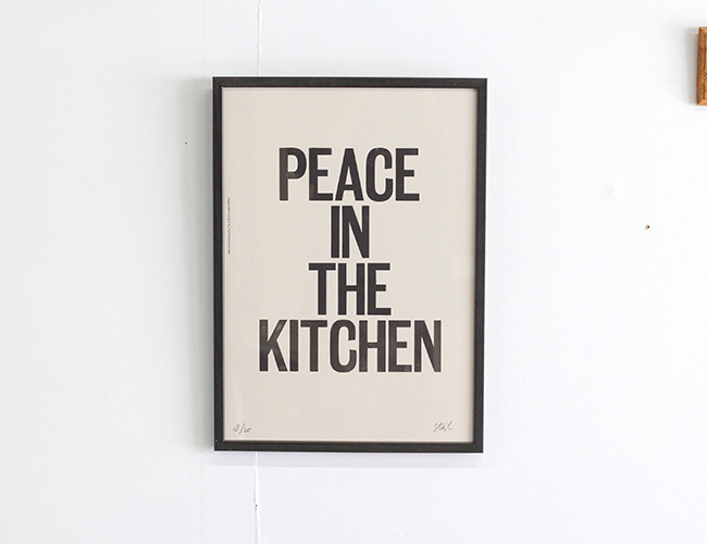 A TWO PIPE PROBLEM LETTERPRESS  PEACE IN THE KITCHEN  Lサイズ
