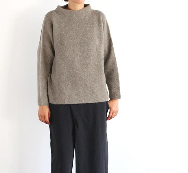 evam eva  エヴァムエヴァ stand pullover