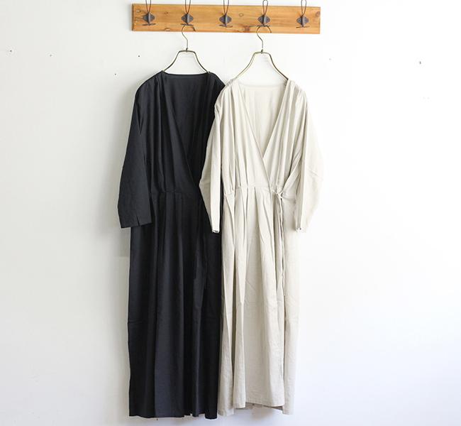 evam eva  エヴァムエヴァ cotton silk tuck robe V193T905