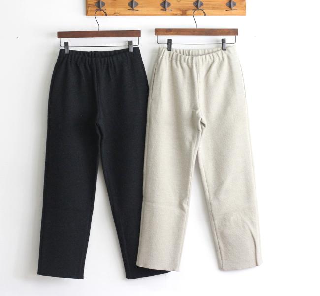 evam eva  エヴァムエヴァ press wool straight pants