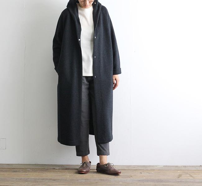 evam eva  エヴァムエヴァ press wool hooded coat
