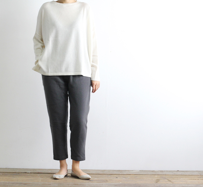 evam eva  エヴァムエヴァ wool cashmere tuck pants
