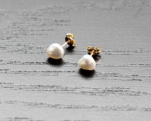 Small Keshi Pearl Post Earrings by SOURCE