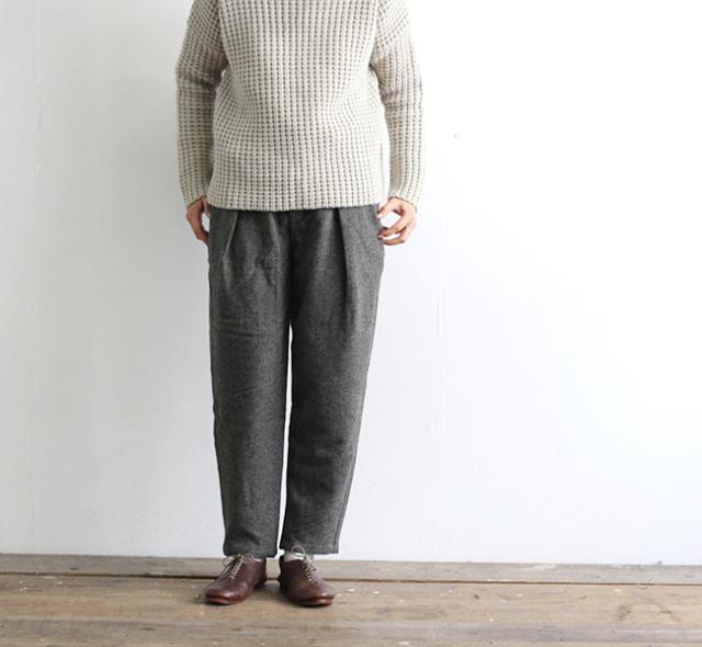 evam eva  エヴァムエヴァ wool tuck pants E193T134