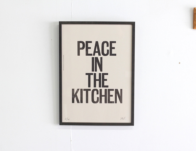 A TWO PIPE PROBLEM LETTERPRESS PEACE IN THE KITCHEN  Lサイズ 再入荷