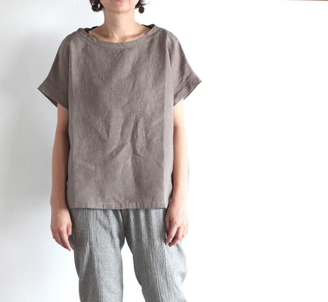 evam eva  エヴァムエヴァ linen square pullover