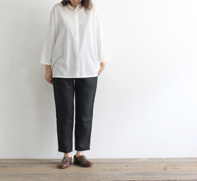 evam eva  エヴァムエヴァ linen tuck pants E193T010