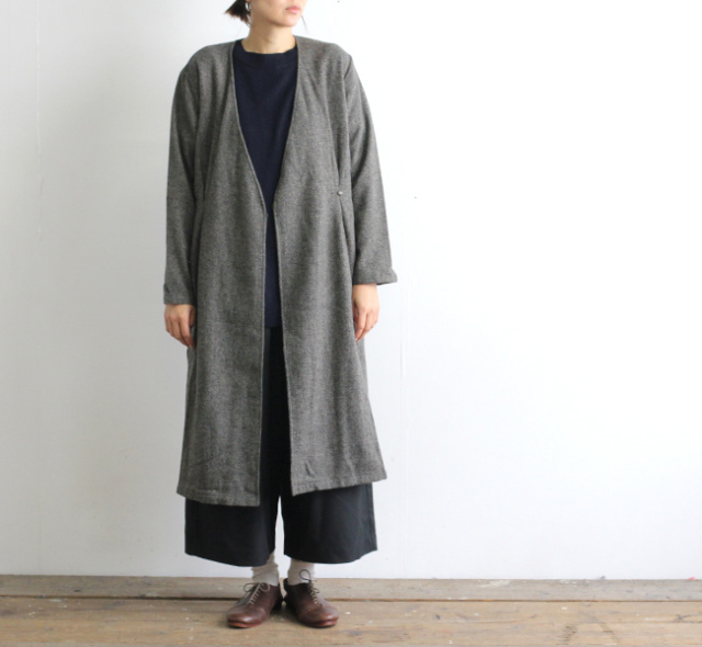 evam eva  エヴァムエヴァ wool tuck robe E193T133