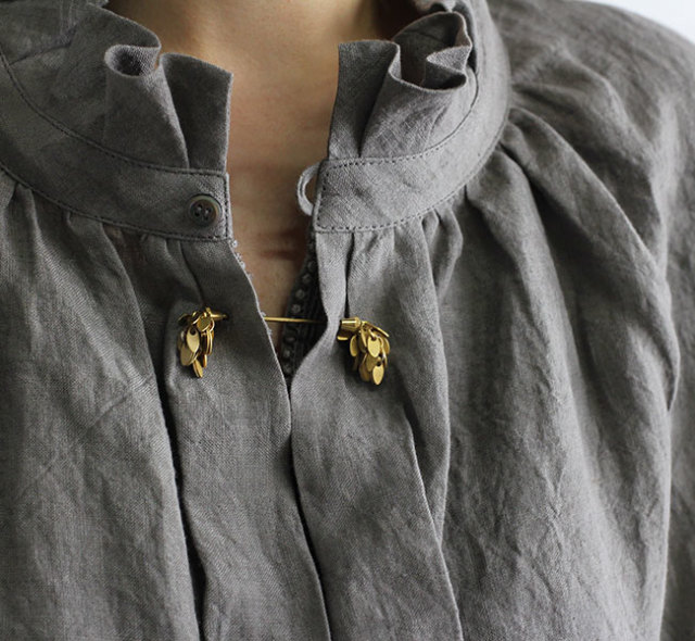 Vlas Blomme ヴラスブラム Chain Collar Pin 31623691