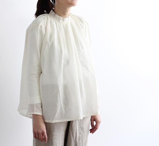 evam eva  エヴァムエヴァ stand collar tuck shirt E191T079