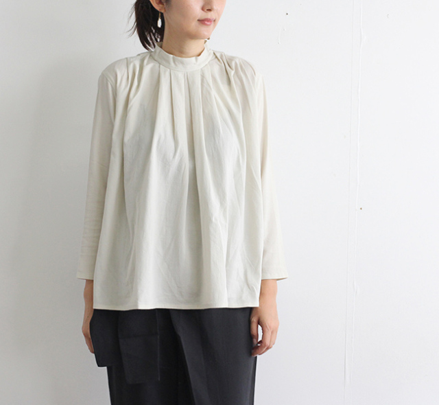 evam eva  エヴァムエヴァ スタンドカラータックシャツ stand collar tuck shirts E203T043