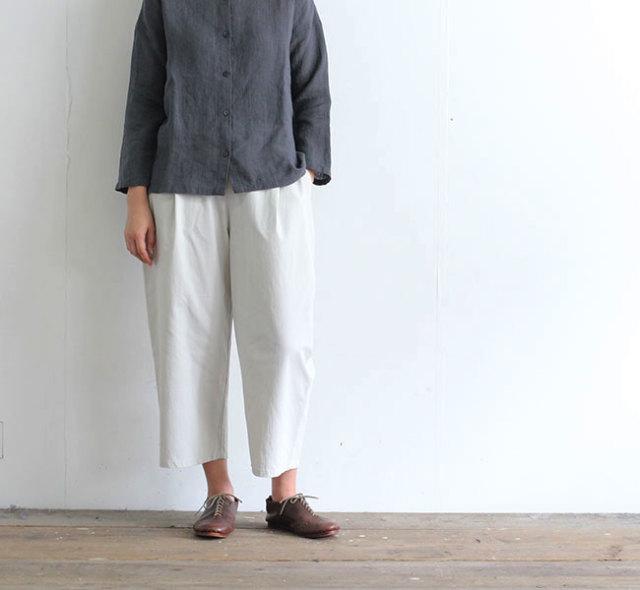 evam eva  エヴァムエヴァ コットンタックイージーパンツ  cotton tuck easy pants E201T138