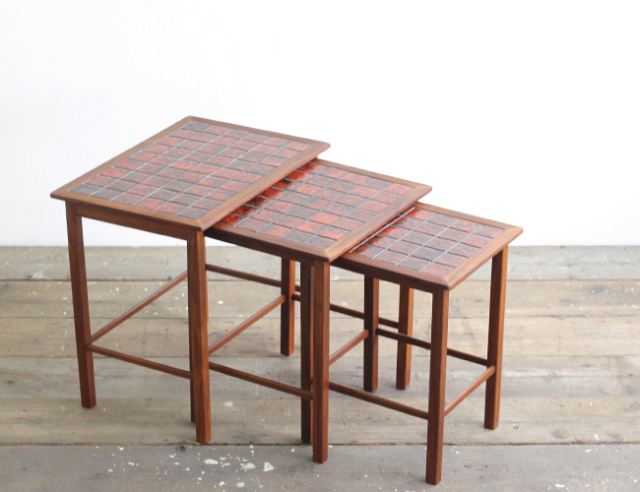 デンマークヴィンテージ タイルトップ ネストテーブル OL150 北欧家具 中古家具