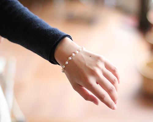 Keshi Pearl Chain Bracelet by SOURCE