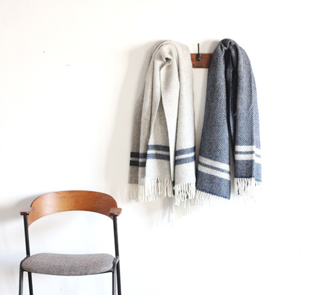 TWEED MILL FISH BONE TWO STRIPE KENN RUG ニーブランケット 70×183