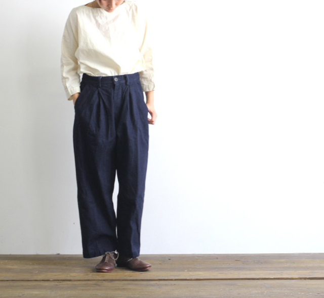 SALE30%OFF Veritecoeur et ses COPAINS CO-105 ムラ糸デニムタックパンツ