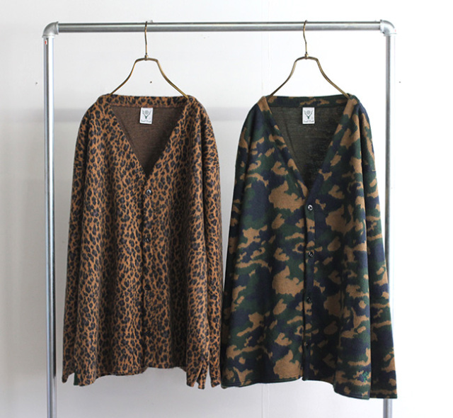 SOUTH2 WEST8 サウスツーウエストエイト S.S. V NECK CARDIGAN - AC/W/PE SHAGGY JQ. JO839