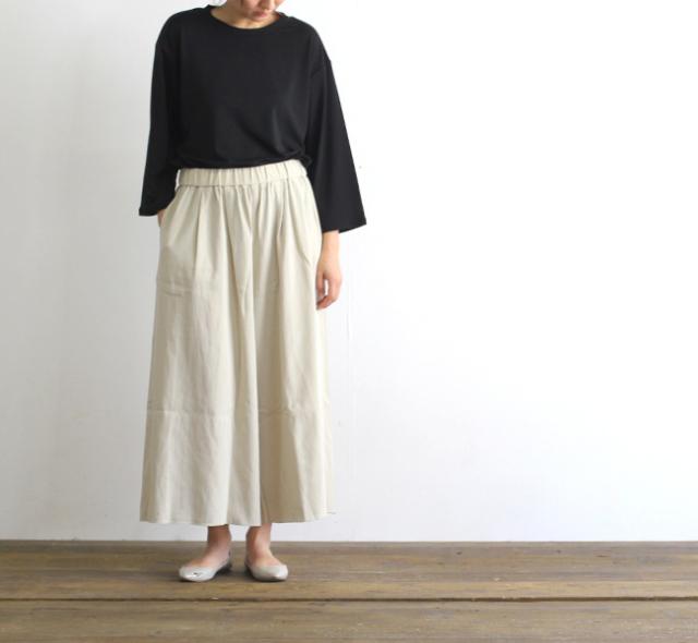 evam eva  エヴァムエヴァ cotton double cloth gather pants