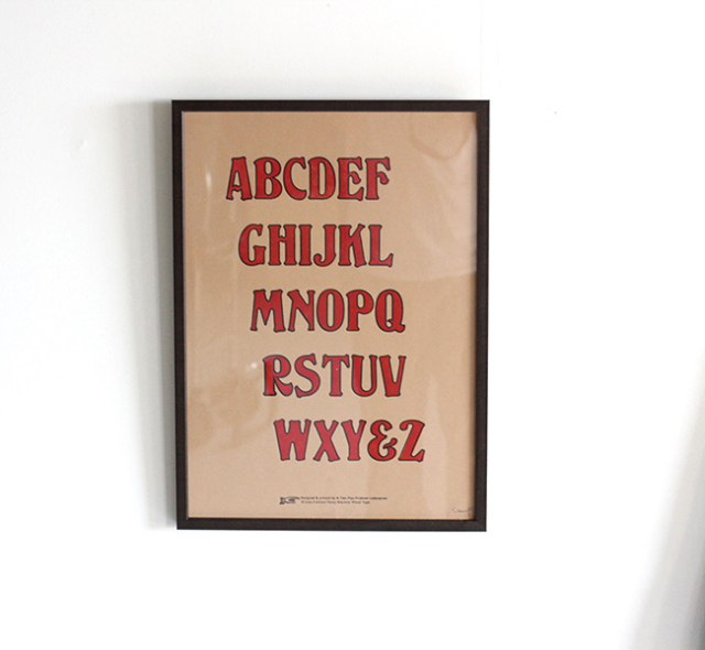 A TWO PIPE PROBLEM LETTERPRESS   A to Z ALPHABET(FUNCY) POSTER  Lサイズ