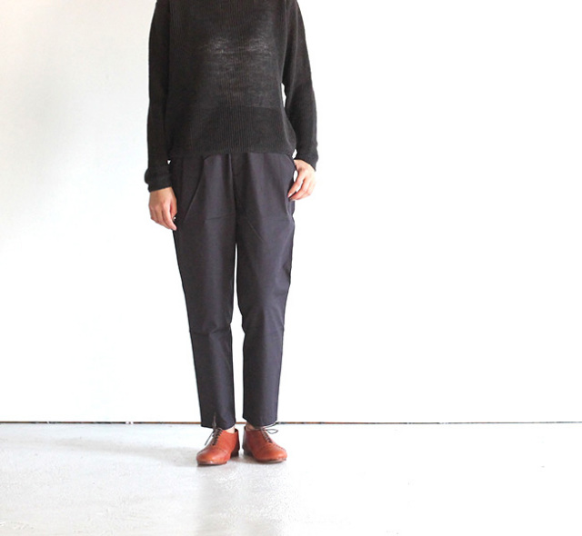 evam eva  エヴァムエヴァ supima cotton tuck pants