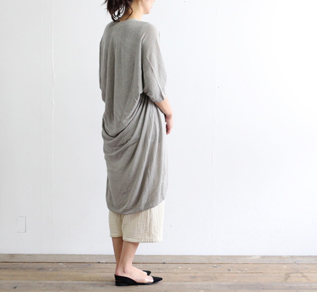 evam eva  エヴァムエヴァ seamless hemp tunic E191K159